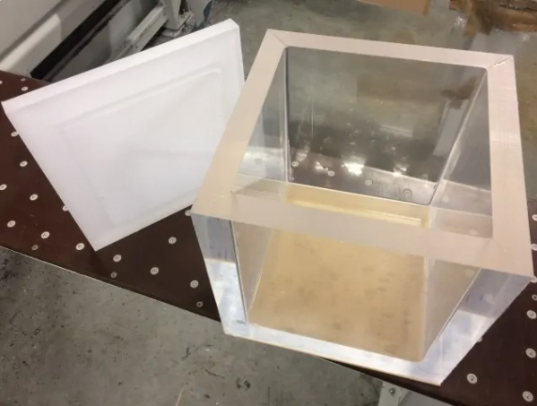 Plexiglas bak als vacuümtank