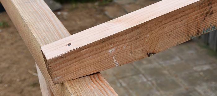 Welke typen hout kunt u gebruiken voor een overkapping?